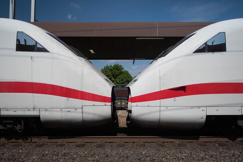 ICE treinstellen