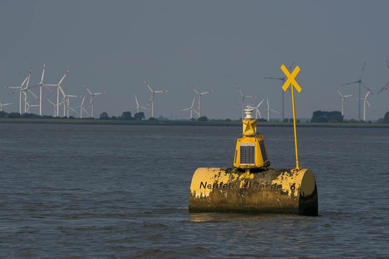 Ankerplaats voor kustvaarders op de Elbe
